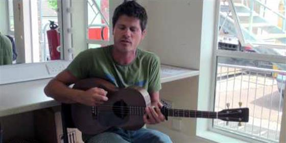 Seth Lakeman plays Signed & Sealed